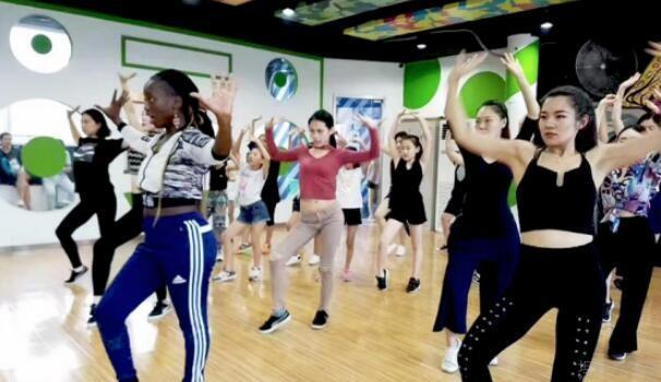 嘻哈帮街舞