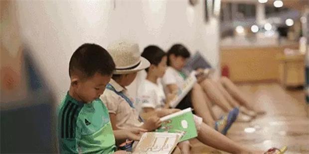 英孚带家长走出少儿英语误区 让孩子快乐成长