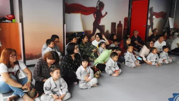 菲动武道体能中心课堂