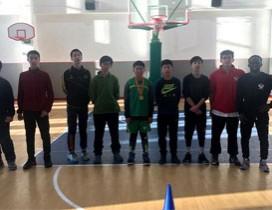 上海李秋平篮球学校照片